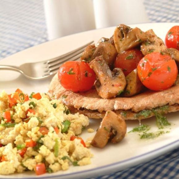 Mushroom and Tomato Pitta Boats with Tofu Scramble