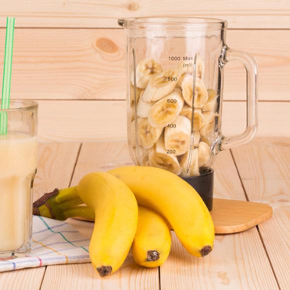 Carob and Banana Wake Up Shake