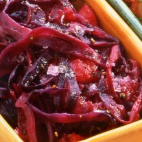 Pickled Red Cabbage with Apple