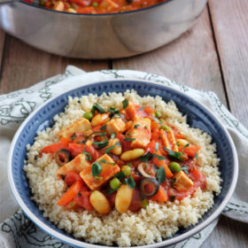 Spanish Cannellini Bean and Red Pepper Stew with Chicken-Style Pieces