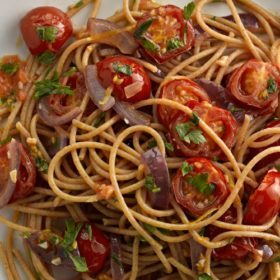 Wholewheat Spaghetti with Cherry Tomatoes
