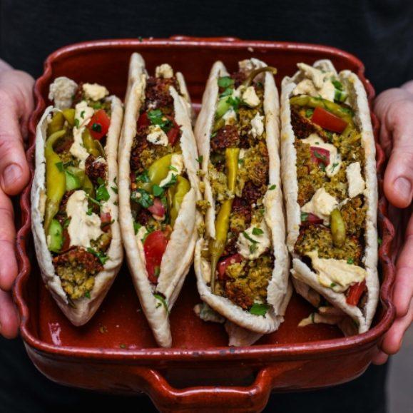 The Ultimate Homemade Falafel Pittas