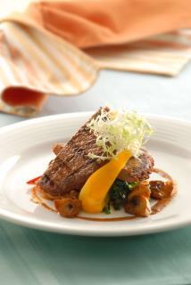 VEGEFARM – Vege Black Pepper Steak (With Sauce)